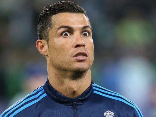 Роналду признался, что он гомо, а папарацци застукали его за поцелуем с девушкой (ФОТО)
