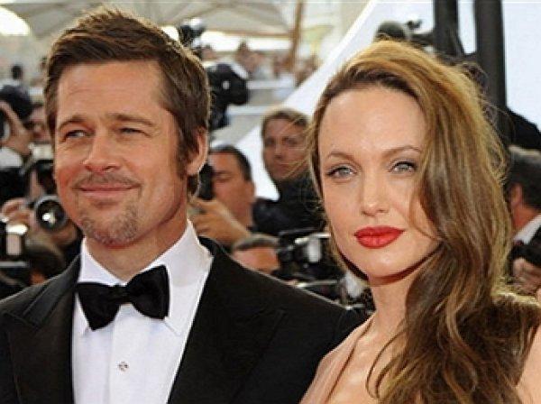 Анджелина Джоли и Брэд Питт, последние новости: Джоли заявила о намерении стать лесбиянкой, а Питт закрутил новый роман