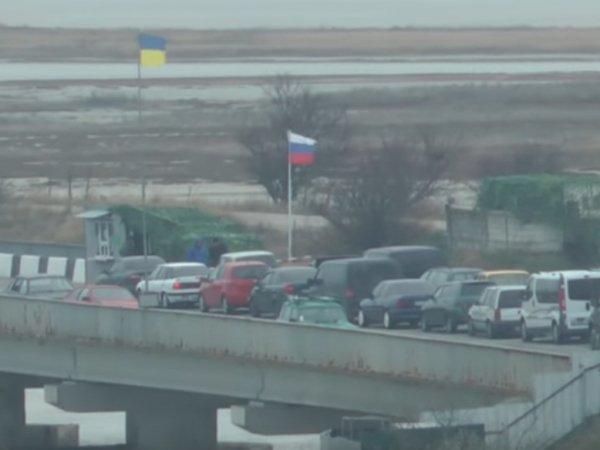 Опубликовано ВИДЕО задержания российских военнослужащих украинскими силовиками в Крыму