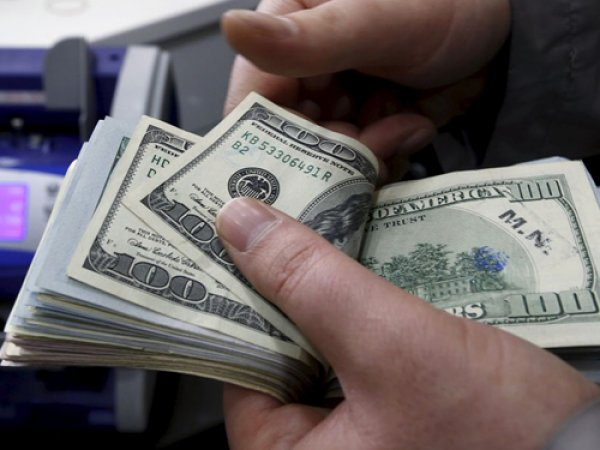 Курс доллара на сегодня, 10 января 2017: эксперты не исключили доллар по 55 рублей