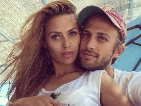 СМИ: миллионер Алекс Смерфит бросил Викторию Боню ради модели Тейлор Ховард (ФОТО)