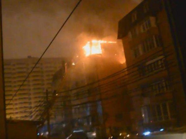 Пожар в Краснодаре сейчас: огонь уничтожил 20 квартир, погиб человек (ФОТО, ВИДЕО)