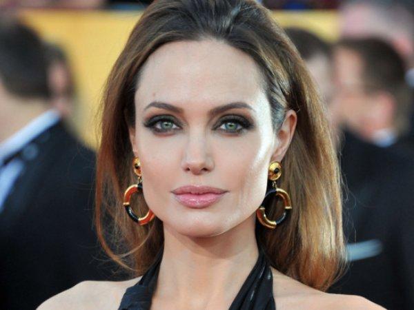 Анджелина Джоли впервые прокомментировала развод с Брэдом Питтом