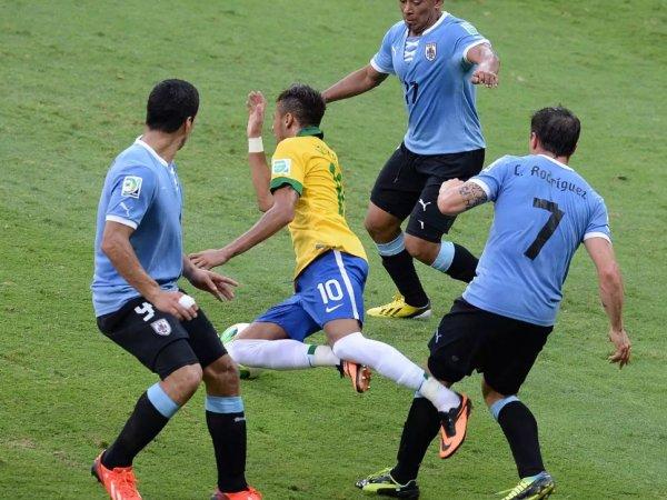 Уругвай - Бразилия: обзор матча от 24.03.2017, видео голов, счет, результат матча (ВИДЕО)