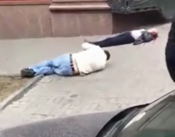 На YouTube появилось ВИДЕО первых секунд после убийства Вороненкова в Киеве