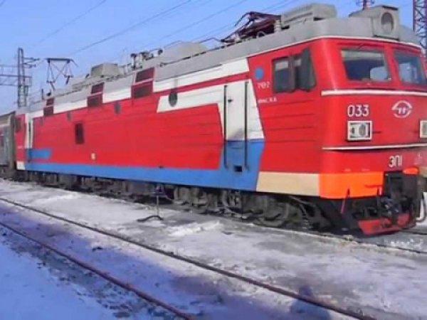 В Татарстане поезд переехал трех человек