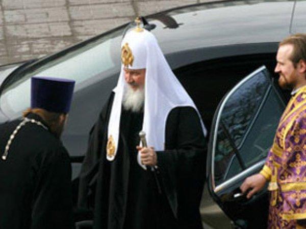 """В РПЦ рассказали, почему патриарх не должен ездить на """"Ладе Калине"""" (ВИДЕО)"""