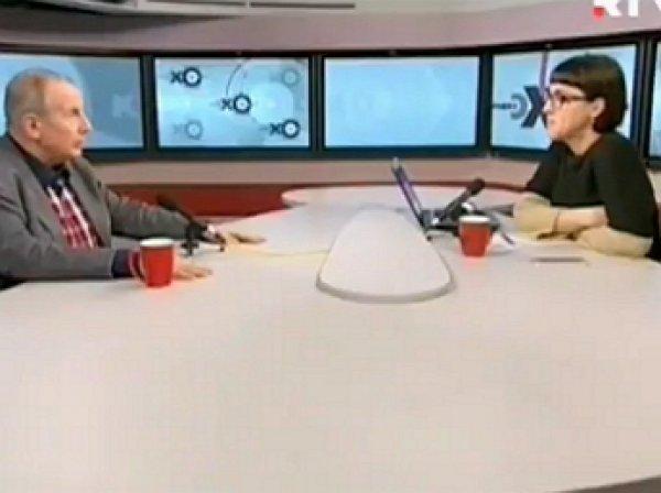 На YouTube появилось ВИДЕО, как писатель Веллер швырнул микрофон и кружку в ведущую «Эха Москвы»