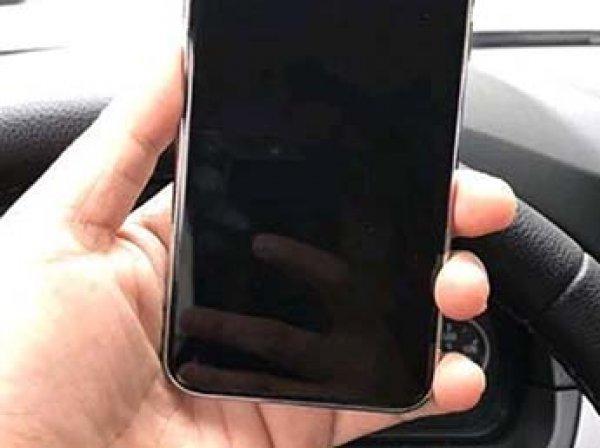 В Сеть попали первые фото макета iPhone 8