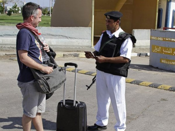 """Когда откроют Египет для туристов 2017, новости сегодня: сотрудников """"Шереметьево"""" могут направить в Египет"""