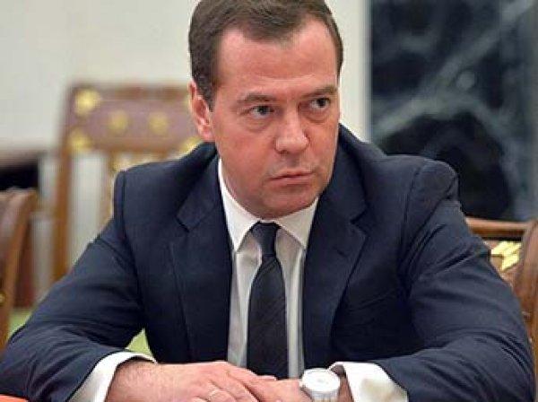 Медведев осадил Поклонскую и назвал преступным преследование авторов за еще не вышедшие работы