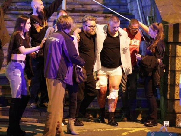 Теракт в Манчестере сегодня 23.05.2017: взрыв на стадионе унес жизни не менее 19 человек (ВИДЕО)