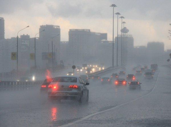 «Такое бывает раз в 33 года»: на Москву в ночь на 8 мая обрушатся тропические ливни со снегом