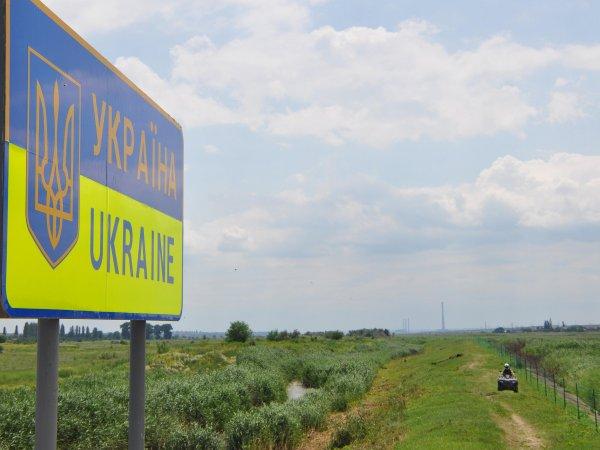 Украина может ввести визы для граждан РФ