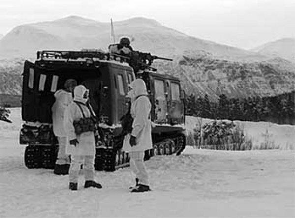 Морпехи США замерзли во время учений на границе с Россией