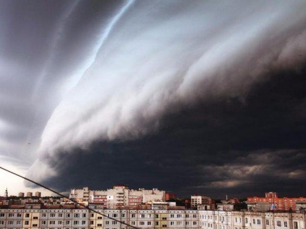 Ураган в Москве сейчас 2017 можно отследить онлайн (ФОТО, ВИДЕО)
