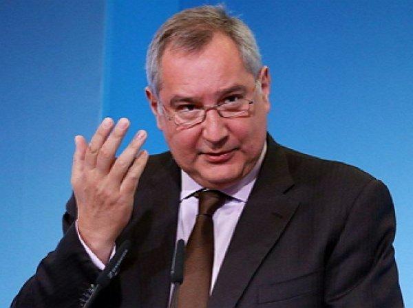 Рогозин назвал «редким идиотом» блогера, раскритиковавшего «Армату»