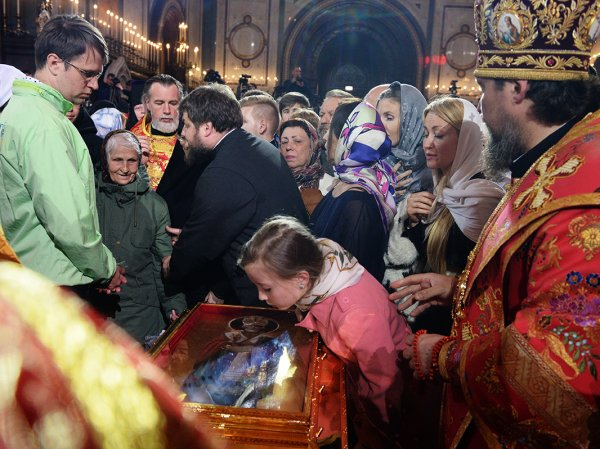 Очередь к мощам Николая Чудотворца в Москве онлайн 28.06.2017: где начинается очередь к Храму Христа Спасителя