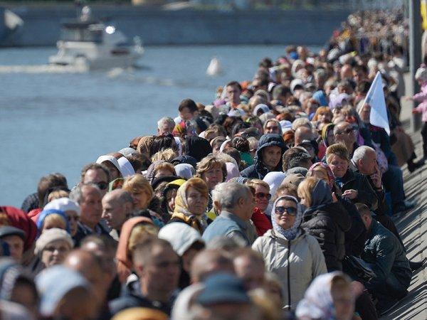 Очередь к мощам Николая Чудотворца в Москве: онлайн следить за движением паломников можно в Сети