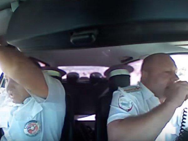 На YouTube появилось ВИДЕО реальной погони за грабителем: ранен полицейский
