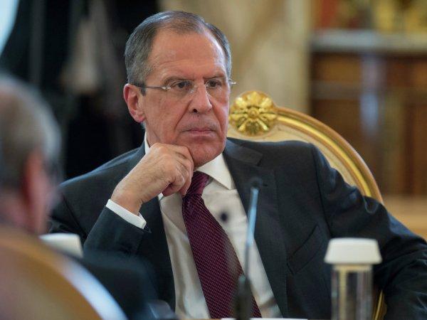 """""""Мы должны все это сглатывать?"""": Лавров пригрозил Киеву визовым режимом"""
