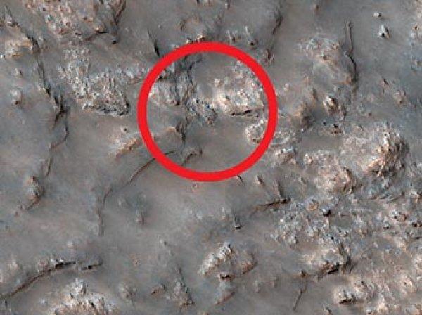 """НАСА показало ФОТО """"ниагарского водопада"""" на Марсе"""