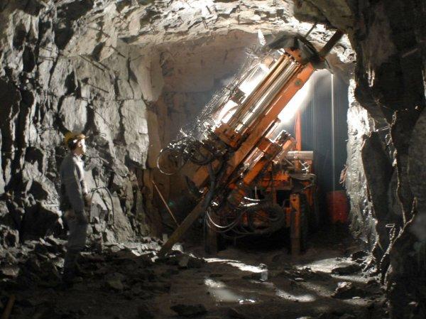 Взрыв на шахте в Норильске сегодня унес жизни трех горняков