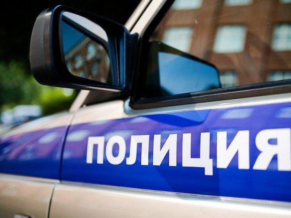 В Иркутске судью по гражданским делам и подростка застали голыми в машине