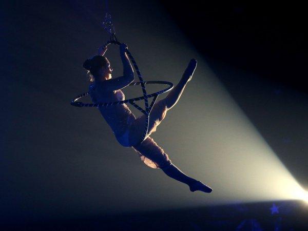 В Швейцарии российская гимнастка в цирке сорвалась с четырехметровой высоты