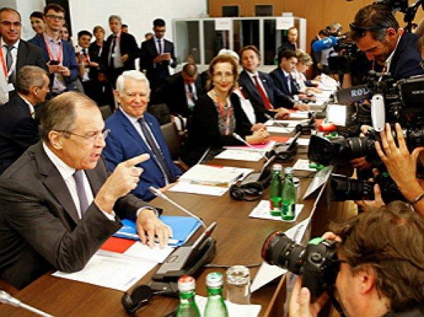 """""""Кто вас так воспитал?"""": Лавров отчитал журналистку на встрече министров ОБСЕ"""