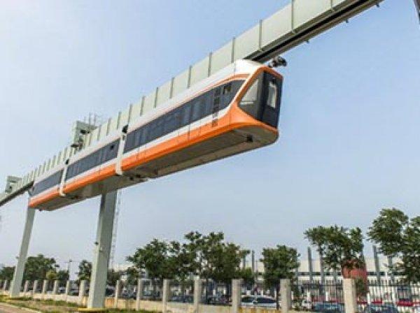 """В Китае запустили самый быстрый в мире """"небесный поезд"""" (ВИДЕО)"""