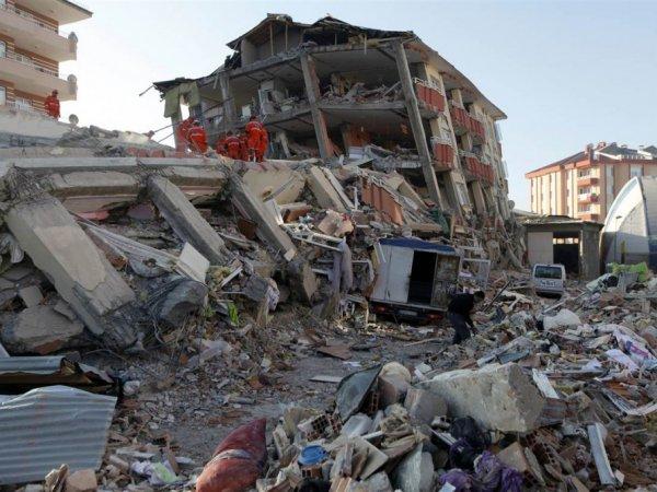 Землетрясение в Турции сейчас 2017: пострадали около 70 человек (ФОТО, ВИДЕО)