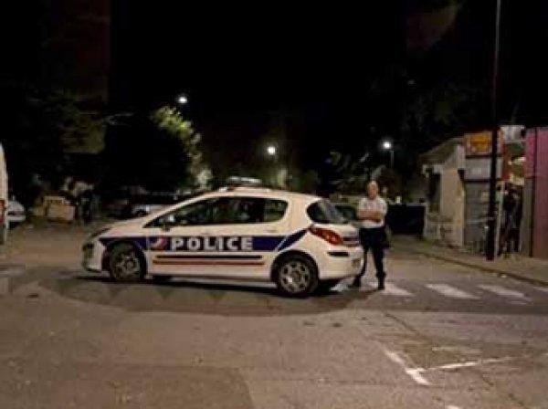 Во Франции неизвестные расстреляли толпу возле мечети: 8 раненых