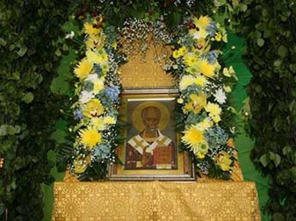 Очередь к мощам Николая Чудотворца в Москве онлайн: где очередь к Храму Христа Спасителя сегодня, 9 июля 2017 (ВИДЕО)