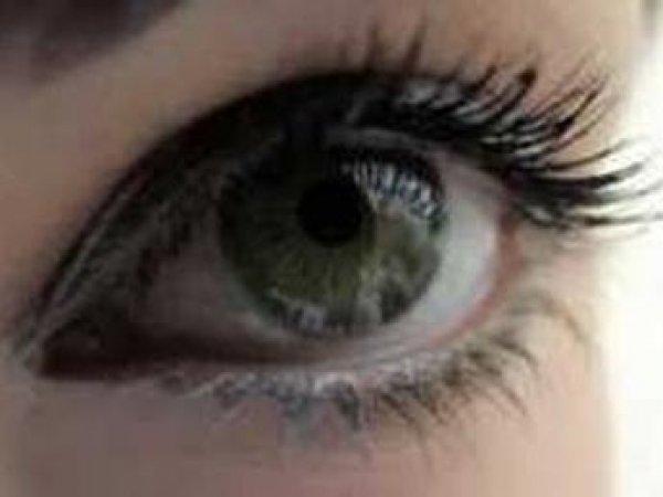 В России впервые пересадили бионический глаз и вернули слепому зрение