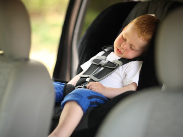 Перевозка детей в автомобиле: с 12 июля вступили в силу изменения в ПДД