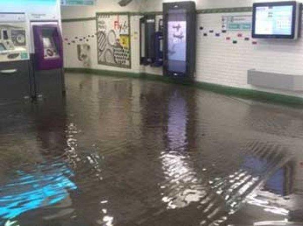 В Париже прошел самый мощный в истории ливень: затоплены 20 станций метро (ВИДЕО)