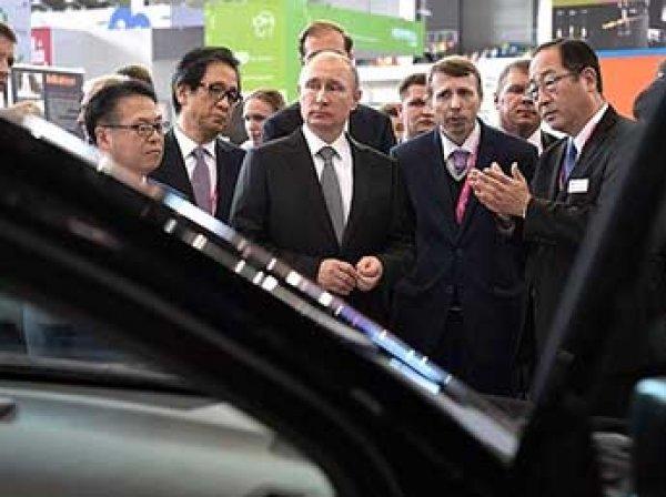 Путин рассказал о незадекларированном мотоцикле и машине из 90-х