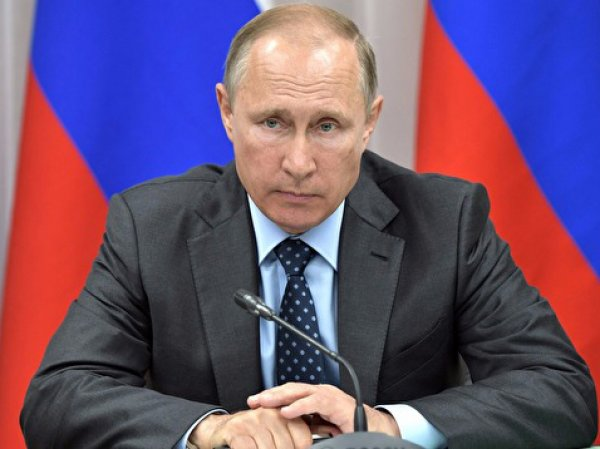 """""""Какие-то проблемы?"""": Путин пожурил замминистра финансов на совещании"""