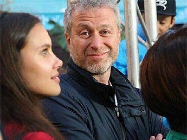 СМИ узнали, из-за кого Абрамович разводится с Дарьей Жуковой (ФОТО)