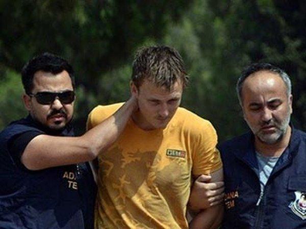 Задержанного в Турции россиянина приговорили к 6 годам тюрьмы