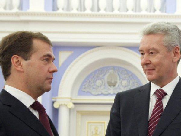 Медведев и Собянин возглавили рейтинг преемников Путина