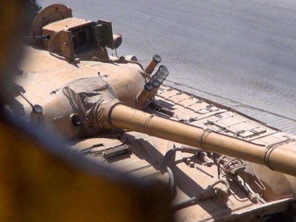 В Сирии российский танк Т-72 выдержал попадание противотанкового комплекса TOW (ВИДЕО)