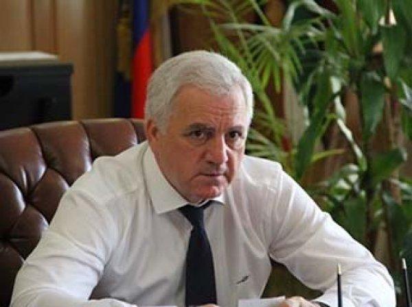 В Сеть попало видео расстрела депутата в Чечне