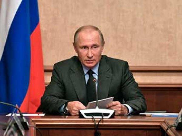 """Путин жестко отчитал Дворковича и Соколова из-за ситуации с """"ВИМ-Авиа"""""""