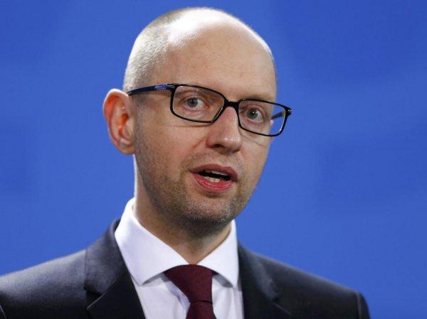 """""""Не нужно об этом постоянно говорить, просто думайте"""": Германия поставила Яценюка на место"""
