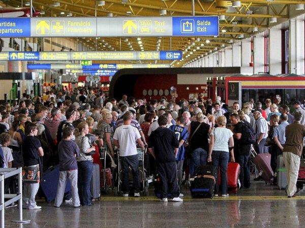 """""""ВИМ Авиа"""", задержки рейсов 2017, последние новости: 43 тысячи пассажиров """"ВИМ-Авиа"""" не могут вылететь домой"""