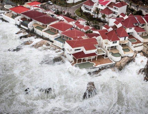 """Ураган """"Ирма"""", последние новости: стихия обрушилась на Флориду (ВИДЕО)"""