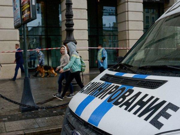 """Полиция задержала подростков, подражавших """"телефонным террористам"""""""