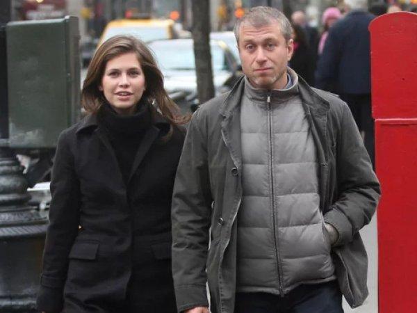 СМИ: Роман Абрамович и Даша Жукова вышли в свет вместе после расставания